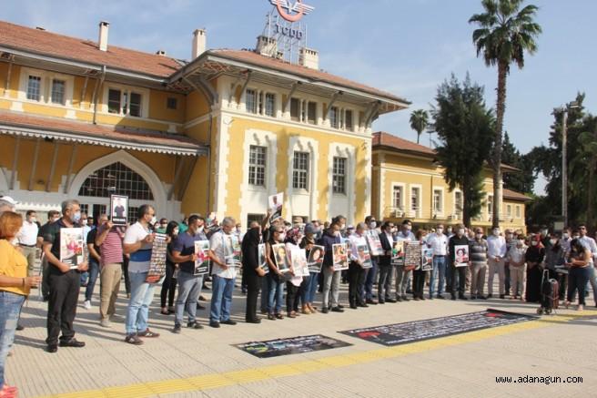 Ankara patlamasında ölenler Adana'da anıldı