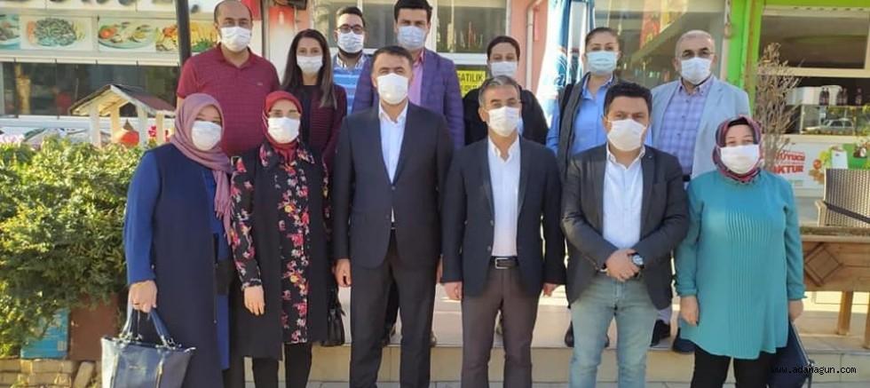 Kozan AK Parti yönetimi,  Milletvekili Erdinç ile bir araya geldi